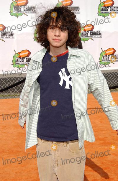 Adam Lamberg Photo - Nickelodeons 16th Annual Kids Choice Awards 2003- Arrivals Barker Hanger Santa Monica CA 04122003 Photo by Fitzroy Barrett  Globe Photos Inc 2003 Adam Lamberg