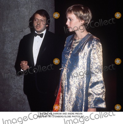 Andre Previn Photo -  Mia Farrow and Andre Previn Photo by Irv SteinbergGlobe Photosinc