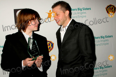 Angus T Jones Photo - the Annual 2009 Rising Stars Gala Presented by Big Brothers Big Sisters of Los Angeles Beverly Hilton Hotel Beverly Hills CA 103009 Angus T Jones and Jon Cryer Photo Clinton H Wallace-photomundo-Globe Photos Inc