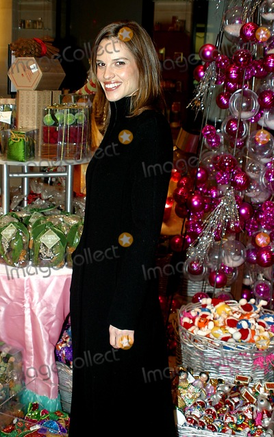 Anna Wintour Photo - Sd1216 Hilary Swank and Anna Wintour Host Charity Shopping Party at Henri Bendel in New York City Photo Byrick MacklerrangefinderGlobe Photos Inc