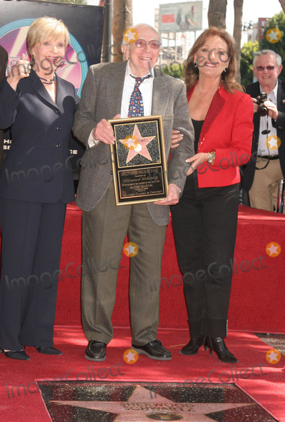 Dawn Wells Photo - Sherwood Schwartz Honored with Star on Hollywood Walk of Fame Hollywood Blvd Hollywood CA 030708 Florence Henderson with Sherwood Schwartz and Dawn Wells Photo Clinton H Wallace-photomundo-Globe Photos Inc