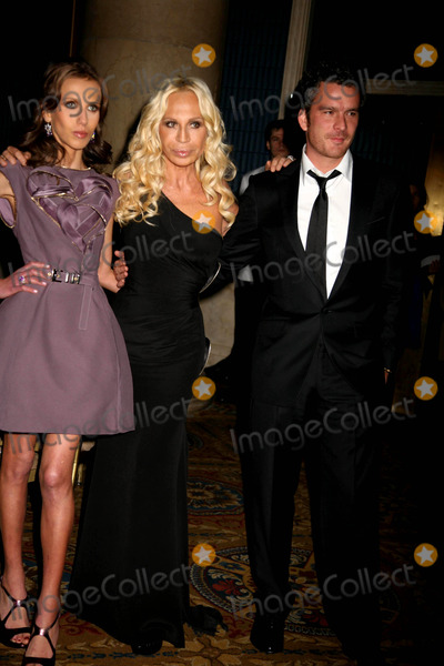Alchemist Photo - The Fashion Group International Presents the 25th Annual Night of Stars Honoring the Alchemists Cipriani Wall St NYC October 23 08 Photos by Sonia Moskowitz Globe Photos Inc 2008 Donatella Versace with Daughter Allegra and Balthazar Getty