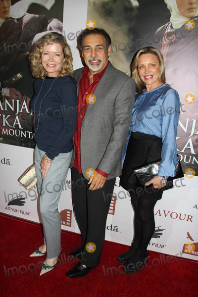 Sheree J Wilson Photo - Kurmanjan Datka Queen of the Universe Los Angeles Vip Screening Egyptian Theatre Hollywood CA 11042014 Sheree J Wilson and Guests Clinton H WallaceGlobe Photos Inc