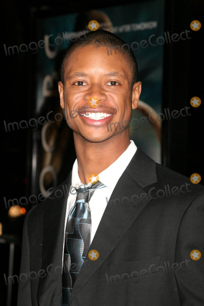 Arjay Smith Photo - Warner Bros Pictures Presents 10000 Bc Us Premiere Graumans Chinese Theatre Hollywood CA 030508 Arjay Smith Photo Clinton H Wallace-photomundo-Globe Photos Inc