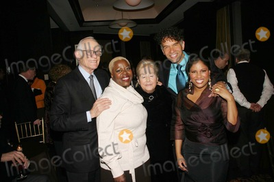 Alan Bergman Photo - Ascap After Party For Alan and Marilyn Bergmancelebrating a 50 Year Collaboration at the Mandarin Oriental Hotel  New York City 02-02-2007 Photo by Barry Talesnick-ipol-Globe Photos Inc 2007 Alan Bergman and Marilyn Bergman with Lillias White