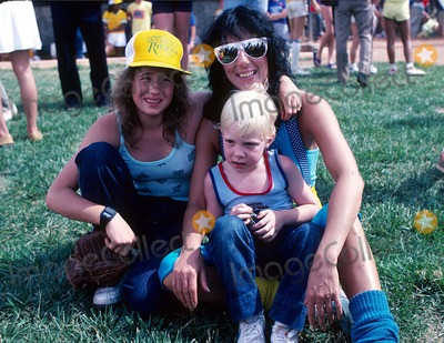 Elijah Blue Allman Photo - Cher with Her Daughter Chasity Bono and Son Elijah Blue Allman 1981 15119 Photo by Allan S Adler-ipol-Globe Photos Inc