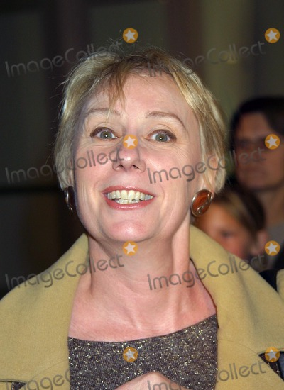 Mink Stole Photo - Mink Stole K27612eg to End All Wars Premiere Arclight Cinemas Hollywood CA Dec 5 2002 Photo by Ed GelleregiGlobe Photos Inc