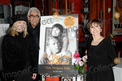 Neile McQueen Photo - Cocktail Party to Celebrate the 20th Anniversary Re-release of My Husband My Friendle Petit Bistrowest Hollywood CA 1-17-07 Photodavid Longendyke-Globe Photos Inc2007 Image Neile Mcqueen Toffelbeverlyrick Hogan