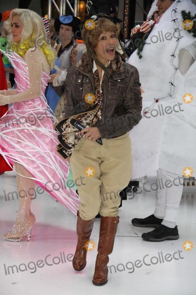 Amelia Earhart Photo - Ann Curry (Amelia Earhart) Halloween on NBC todayshow Photo by John BarrettGlobe Photosinc 2010