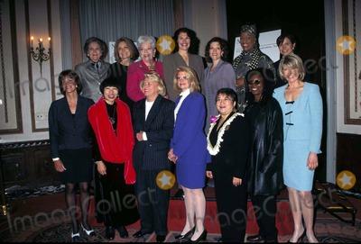 Amy Tan Photo - 1996 Matrix Awards 04151996 Amy Tan Martha Stewart Liz Smith G Laybourne Whoopi Goldbert PA Tanaka Photo by Rose HartmanGlobe Photos Inc