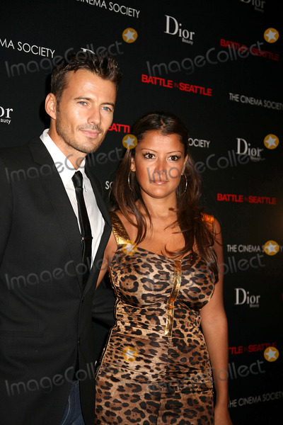 Alex Lundqvist Photo - The Cinema Society and Dior Beauty Present a Screening of Battle in Seattle-inside Arrivals Tribeca Grand Hotel NYC September 17 08 Photos by Sonia Moskowitz Globe Photos Inc 2008 Alex Lundqvist and Wife