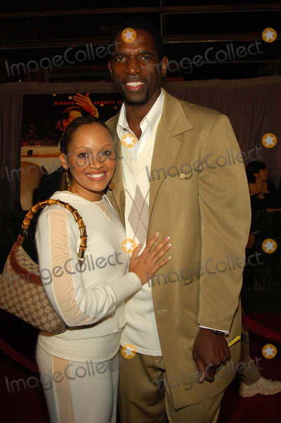 AC Green Photo - the World Premiere of Glory Roadat the Pantages Theatrehollywood Ca01-05-06 Photodavid Longendyke-Globe Photos Inc 2006 Image Ac Greenwife