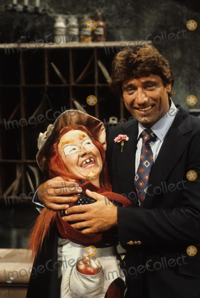 HR Pufnstuf Photo - Hr Pufnstuf Witchy Poo with Joe Namath Still Supplied by Globe Photos Inc
