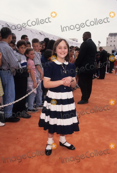 Mara Wilson Photo - Mara Wilson the 10th Annual Nickelodeon Kids Choice Awards 1997 Photo Byfitzroy Barrett-Globe Photos Inc