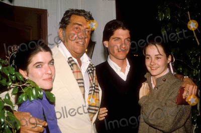 Dean Martin Photo - Dean Martin with Son Ricky and His Date Courtney Calahan and His Daughter 1983 Photo by Michelson