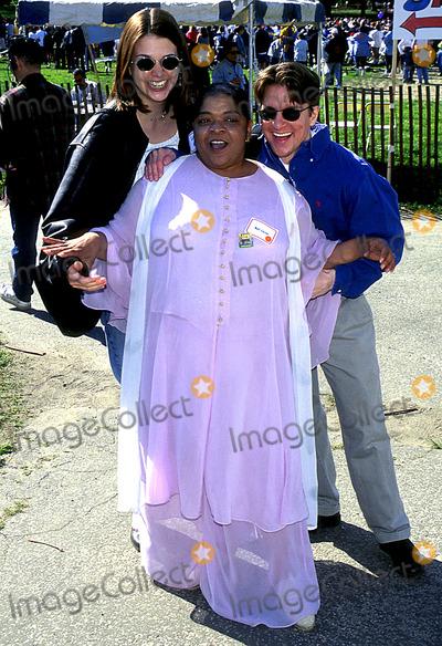 Nell Carter Photo - 12th Annual Aids Walk in Central Park  New York City 5181997 Photo Jim Spellman Ipol Globe Photos Inc 1997 Nell Carter Nellcarterretro