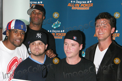 Al Thompson Photo - the Degree For Men  All in Poker Experience  at the Espn Zone Restaurant in New York City 08-09-2005 Photo Byjohn Barrett-Globe Photos Inc 2005 AL Thompson  Jerry Ferrara  Kevin Connolly and Kelly Perdew