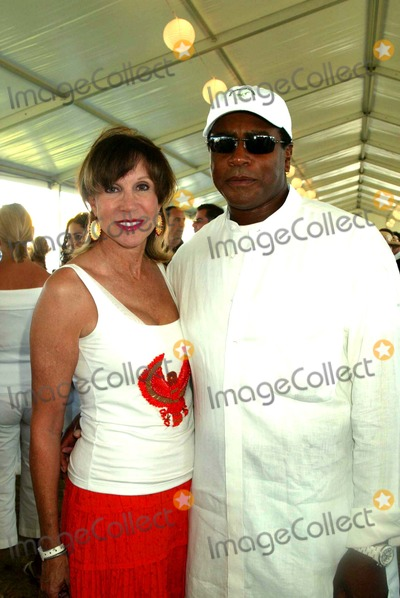 Sale Johnson Photo - the Hampton Classic Horse Show Final Day Grand Prix Luncheon Bridgehampton New York 09-04-2005 Photo by Sonia Moskowitz-Globe Photos Inc 2005 Sale Johnson and Ahmad Rashad