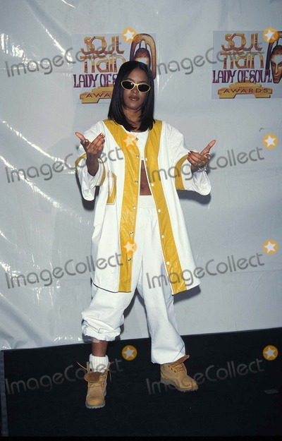 Aaliyah Photo - Aaliyah Soul Train Ladyof Soul Awards in Santa Monica California 08-06-1995 Photo by Fitzroy Barrett-Globe Photos Inc