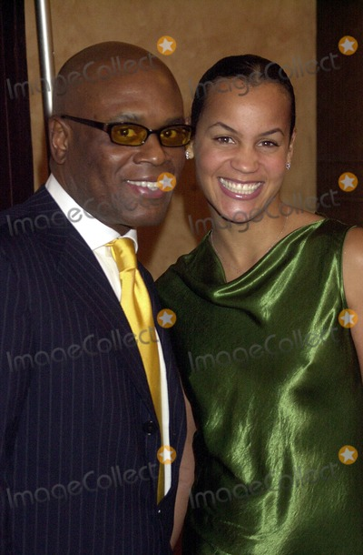 ANTONIO REID Photo - an Evening to Benefit Pencil and New York City Schools at the Hammerstein Ballroom in New York City 11182002 Photo by John KrondesGlobe Photos Inc 2002 Antonio Reid and Wife Erica