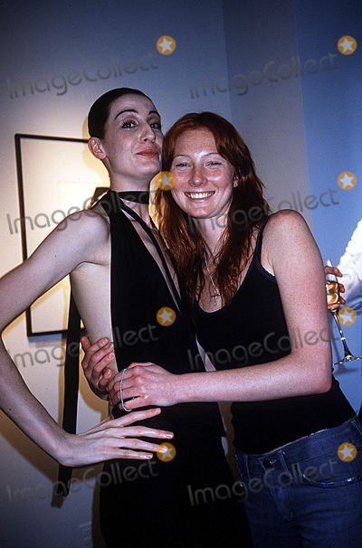 Adele Photo - Erin Oconnor Reveals Her Mannequin Adel Rootstein NYC 051602 Photo by Rose HartmanGlobe Photos Inc 2002 Erin Oconnor Maggie Rizer