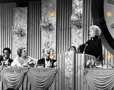 Dean Martin Photo - Nipsey Russell Totie Fields Don Rickles Dean Martin and Lucille Ball Supplied by Globe Photos Inc Lucilleballobit
