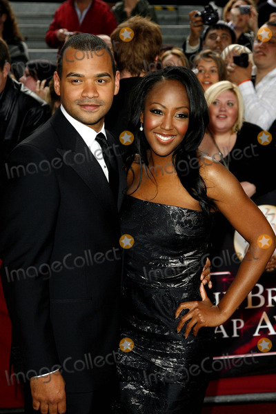 Angellica Bell Photo - Michael Underwood  Angellica Bell Tv Presenters the 2009 British Soap Awards Bbc Studios London 05-09-2009 Photo by Neil Tingle-allstar-Globe Photos Inc 2009