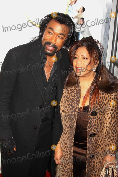 Ashford and Simpson Photo - Ashford and Simpson at Screening of Tyler Perrys Why I Did I Get Married Too at School of Visual Arts Theater New York City 03-22-2010 Photos by John Barrett Globe Photos Inc