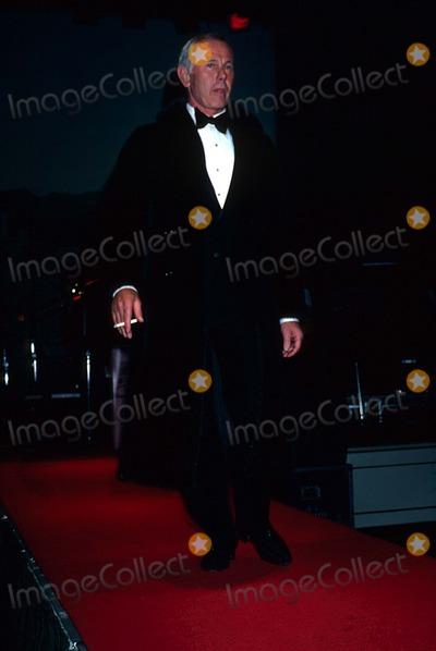 Johnny Carson Photo - Johnny Carson 1981 11917 Photo by Phil Roach-ipol-Globe Photos Inc