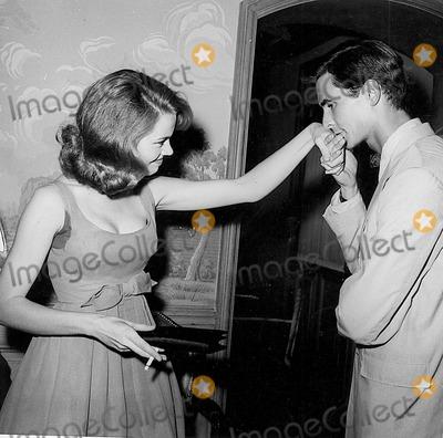 Anthony Perkins Photo - Photo Globe Photos Inc Jane Fonda Anthony Perkins Tony Perkins