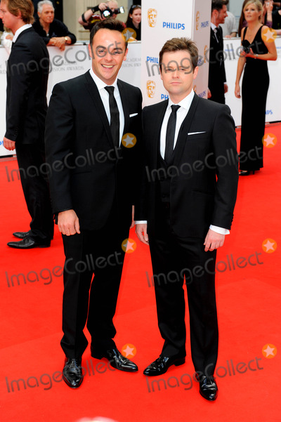 Anthony McPartlin Photo - Anthony Mcpartlin  Declan Donnelly - Ant  Dec Tv Presenters at the 2010 Tv Baftas at the 2010 Tv Baftas the London Palladium London 06-06-2010 Photo by Neil Tingle-allstar-Globe Photos Inc 2010