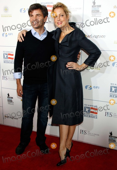 Ali Wentworth Photo - George Stephanopolis and Wife Ali Wentworth Arrive For the 5th Annual Stand Up For Heroes Gala at the Beacon Theatre in New York on November 9 2011 Photo by Sharon NeetlesGlobe Photos Inc