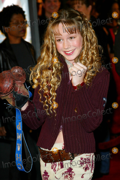Brie Larson Photo - Crossroads Premiere at Graumans Chinese Theatre Los Angeles Brie Larson Photo by Fitzroy Barrett  Globe Photos Inc 2-11-2002 K24302fb (D)