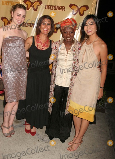 Angelique Kidjo Photo - Botanga Foundation Fall 2008 Fundraiser Hosted by Angelique Kidjo  Ziggy Marley the Wilshire Ebell Theatre Los Angeles CA 091908 Angelique Kidjo and Melissa George Photo Clinton H Wallace-photomundo-Globe Photos Inc