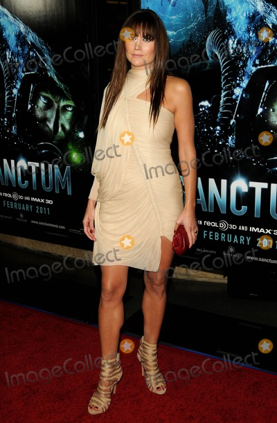Alice Parkinson Photo - Alice Parkinson attending the World Premiere of Sanctum Held at the Manns Chinese 6 Theatre in Hollywood California on 13111 photo by D Long- Globe Photos Inc 2011alister