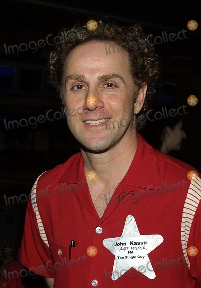 John Kassir Photo - Celebrity Bowling Brunsvick Covina Bowl Covina CA John Kassir Photo Tom Rodriguez  Globe Photos Inc (c)2002