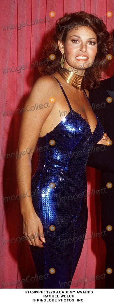 Raquel Welch Photo -  1979 Academy Awards Raquel Welch Pr Globe Photos Inc