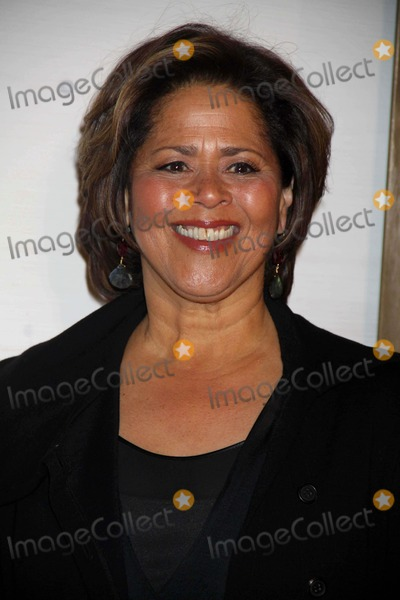 Anna  DEAVERE Smith Photo - Anna Deavere Smith at the Museum of Modern Art Film Benefit Tribute to Kathryn Bigelow NYC 11-10-2010 Photo by John BarrettGlobe Photos Inc2010