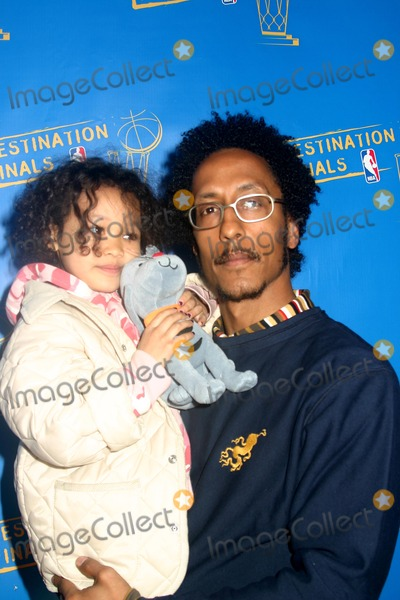 Andre Royo Photo - Special Viewing Party Hosted by the Nba to Tip Off the 2004 Nba Playoffs Nba Store 52nd Street 5th Ave New York City 04202004 Photo by Mitchell LevyrangefinderGlobe Photos Inc 2004 Andre Royo