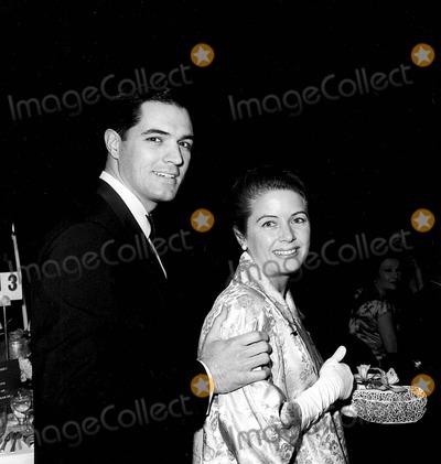 John Gavin Photo - John Gavin with Cindy Gavin 1962 Photo by Globe Photos Inc