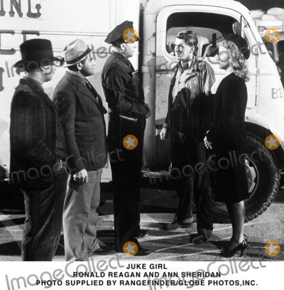 Ann Sheridan Photo - Juke Girl Ronald Reagan and Ann Sheridan Photo Supplied by RangefinderGlobe Photosinc
