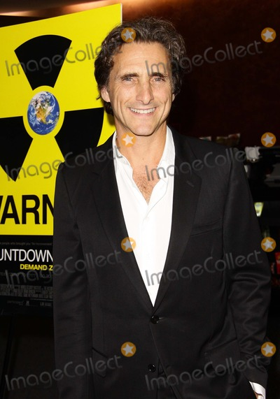 Lawrence Bender Photo - Lawrence Bender Los Angeles Premiere of Countdown to Zero Held at the Landmark Theater Los Angelescalifornia 07-28-2010 Credit Tleopold-Globephotos Inc 2010