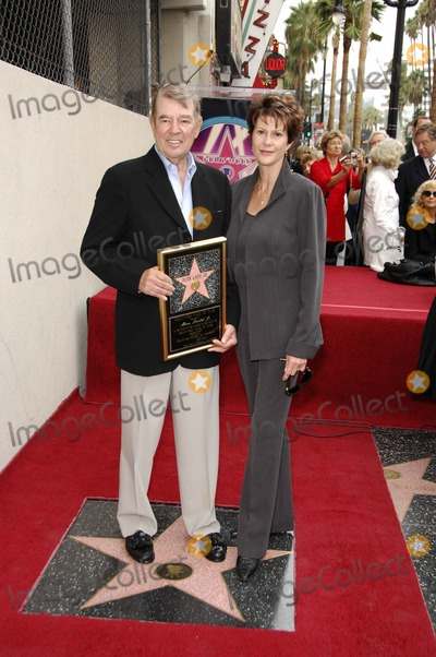 Alan Ladd Photo - Alan Ladd Jr Receives a Star on the Hollywood Walk of Fame Hollywood CA 09-28-2007 Photo by Michael Germana-Globe Photos 2007 Alan Ladd Jr and Wife Cindra