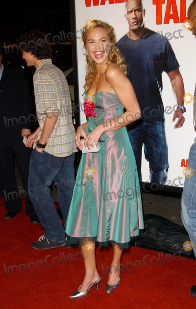 ARIELE KEBBEL Photo - Walking Tall World Premiere at Graumans Chinesse Theatre in Hollywood CA 03292004 Photo by Fitzroy BarrettGlobe Photos Inc 2004 Arielle Kebbel