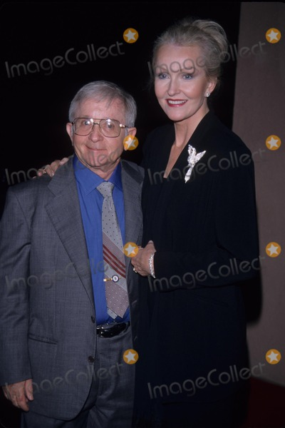Arte Johnson Photo - Arte Johnson with Wife David L Wolper 50th Anniversary Dinner 1999 K15186tr Photo by Tom Rodriguez-Globe Photos Inc