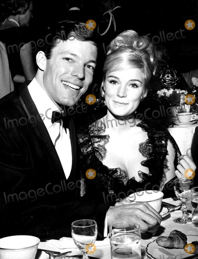 Richard Chamberlain Photo - Richard Chamberlain Globe Photos Inc Richardchamberlainretro