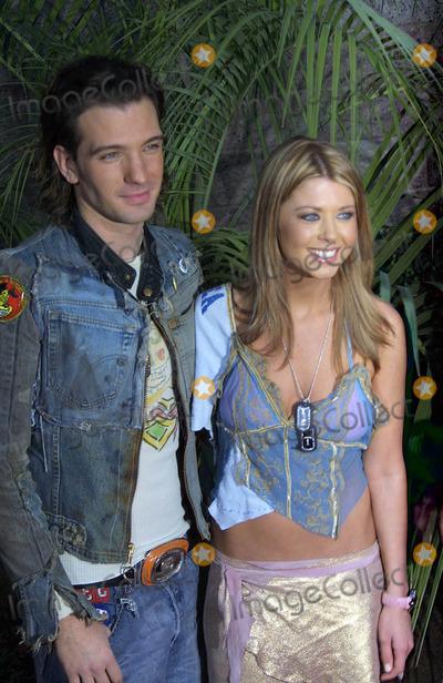 JC Chasez Photo - Billboard Music Awards 2002 Mgm Grand Hotel Las Vegas NV 12092002 Photo by Ed GelleregiGlobe Photos Inc 2002 Jc Chasez and Tara Reid