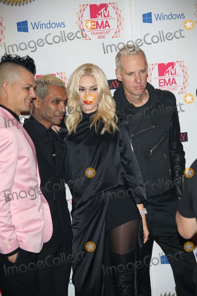 Tom Dumont Photo - Musicians Adrian Young (l-r) Tony Kanal Gwen Stefani and Tom Dumont of No Doubt Arrive For the Mtv Europe Music Awards (Ema) at Festhalle in Frankfurt Germany on 11 November 2012 the Music Tv Channels Award Ceremony Is in Its 19th Year and Recognizes Talent on the European Music Scene Photo Alec Michael