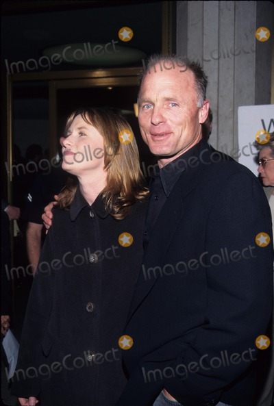 Amy Madigan Photo - Ed Harris with Wife Amy Madigan Absolute Power Premiere in Los Angeles 1997 Photo by Tom Rodriguez-Globe Photos Inc