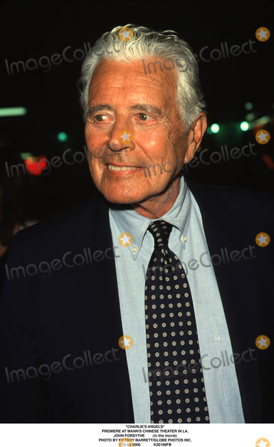 John Forsythe Photo - charlies Angels Premiere at Manns Chinese Theater in LA John Forsythe (in the Movie) Photo by Fitzroy BarrettGlobe Photos Inc 10-22-2000